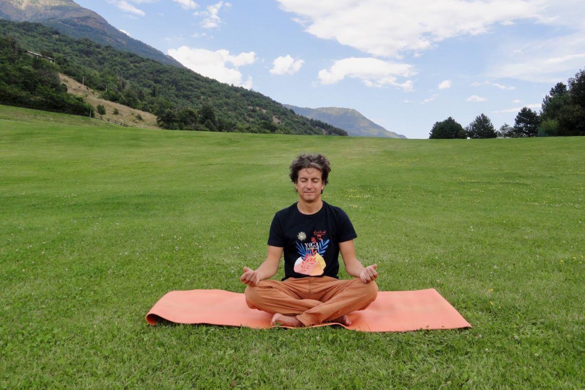 yoga respirazione e rilassamento - Devanagari - Centro Yoga Aosta