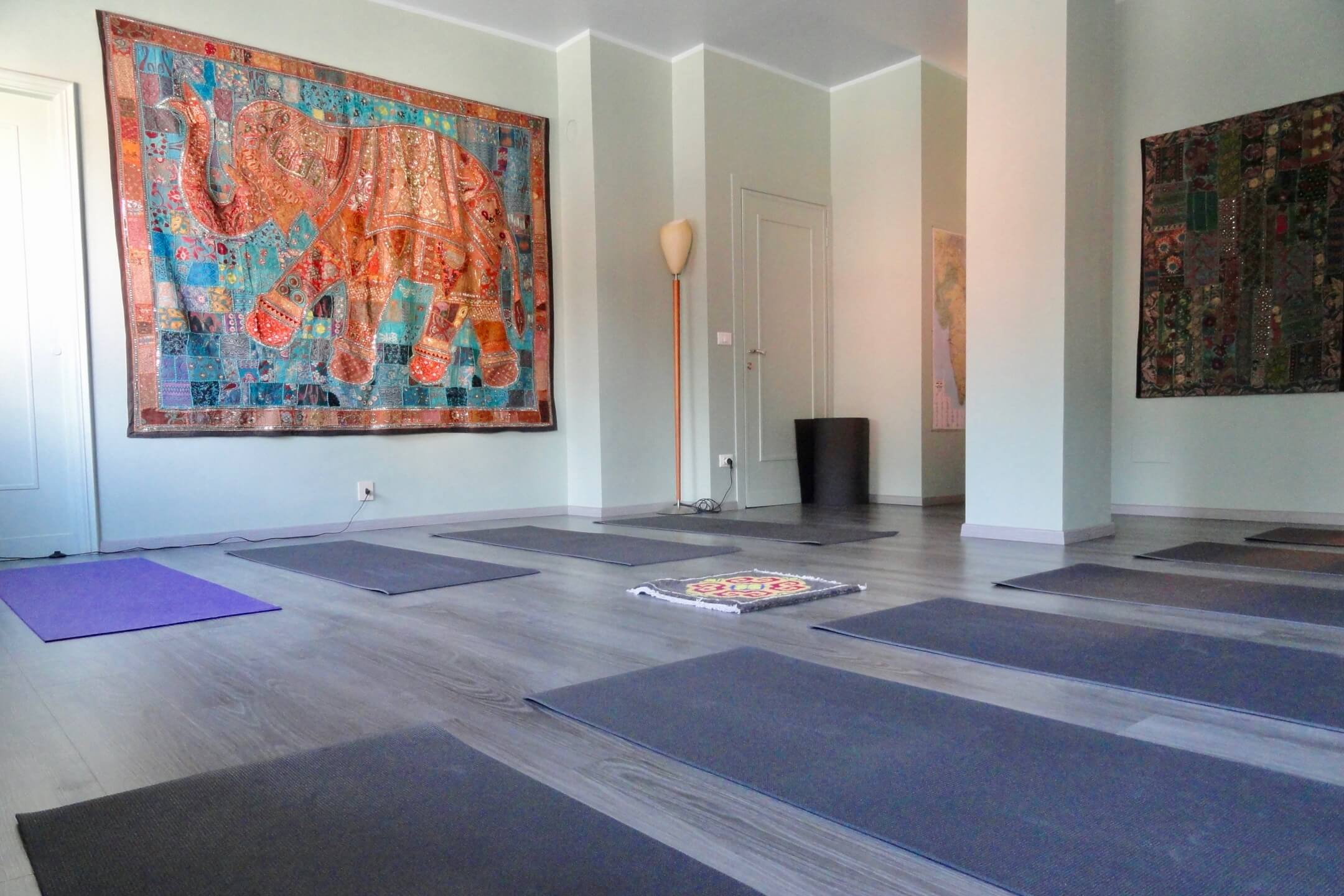 Om - Devanagari - Centro Yoga Aosta